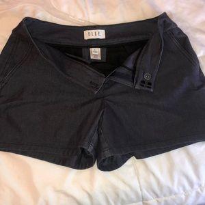"""Elle size 6 dress jean shorts, 4"""" inseam."""